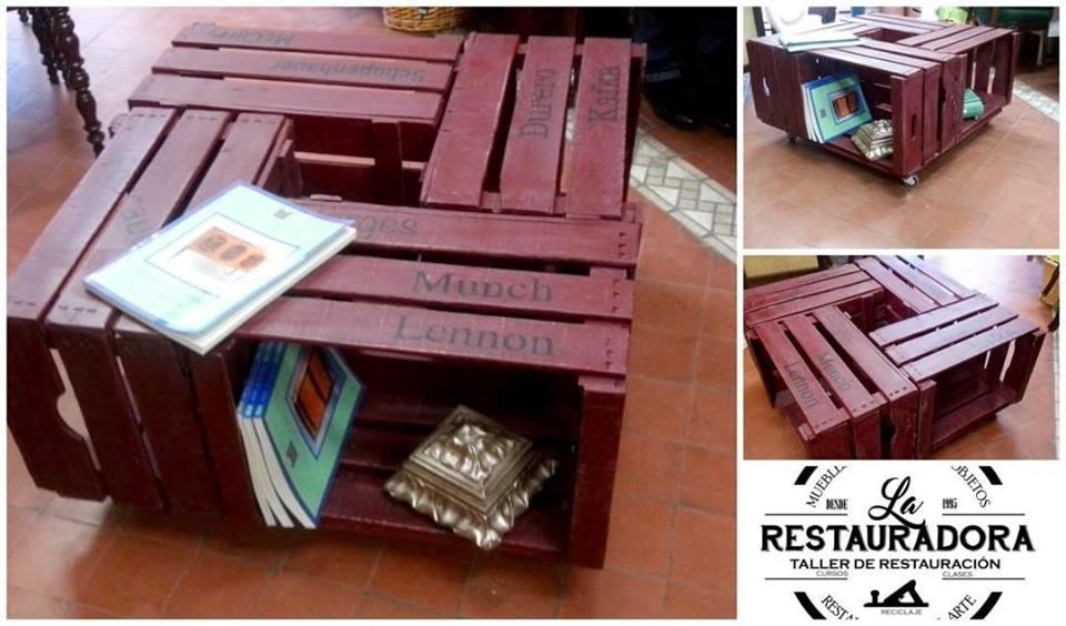 Mesa cajas de frutas. La Restauradora